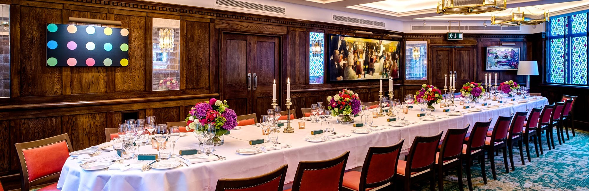 The private dining room at The Ivy in Covent Garden is an ideal venue for Corporate Dinners