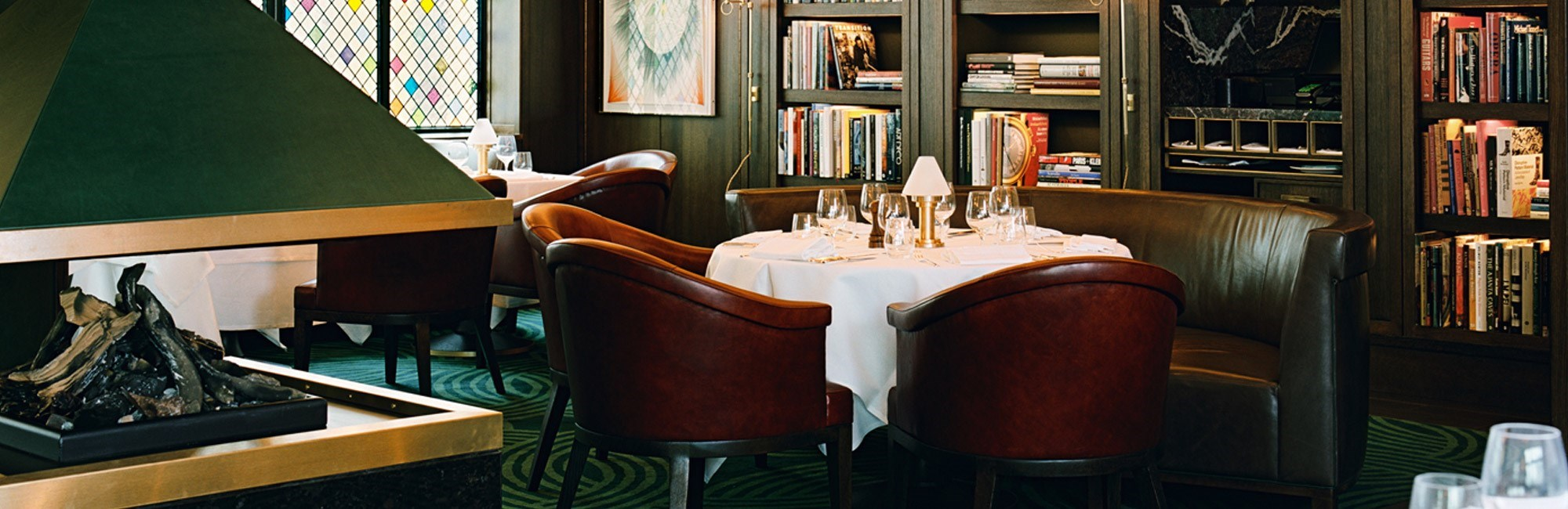the club at the ivy drawing room tables 1